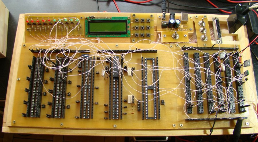solderless breadboarding for microcontroller devices